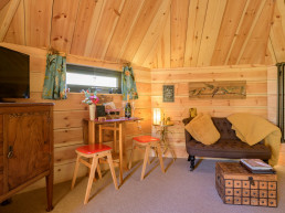 Cosy holiday accommodation for two in Scotland | Sweet Donside Cabins