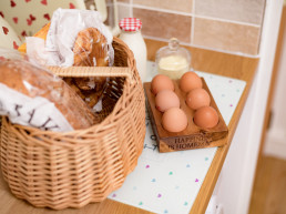 Holiday accommodation with breakfast hamper | Sweet Donside Cabins and Sweetheart Cottage