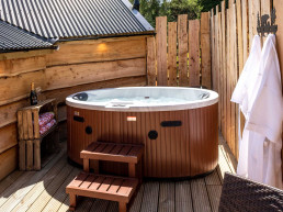 The Wee Bear's Den - romantic holidays in Scotland